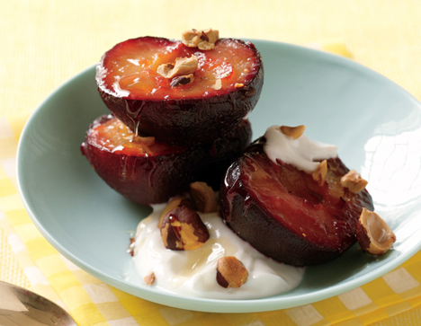 Roast Plums with Yogurt Healthy Food Ideas