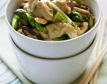 Chicken and Asparagus Fricassee Healthy food ideas