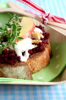 Beet Crostini With Smoked Trout Healthy Food Ideas
