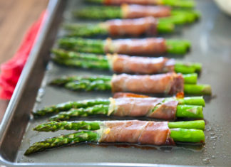 Baked Asparagus Wrapped in Prosciutto Healthy food ideas