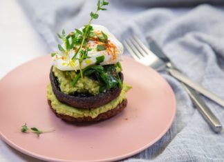 Kumara Burger, Poached egg & Avocado