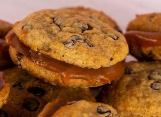 Dole Banana Chocolate Chip Biscuits with Salted Caramel