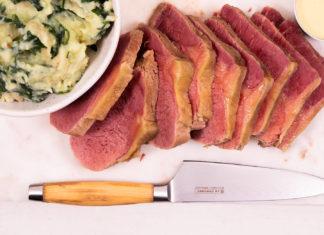 Slices of freshly cooked corned beef
