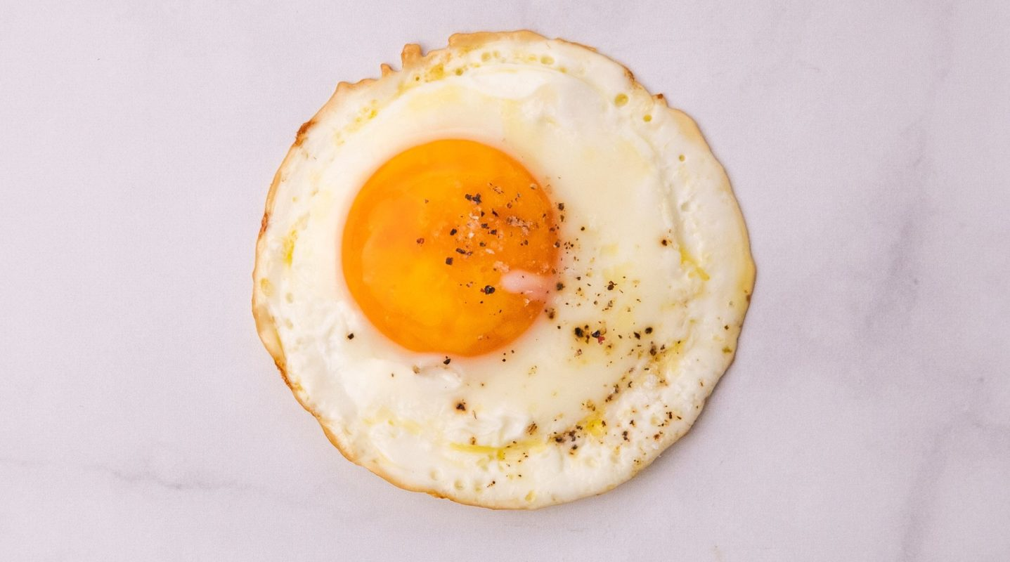 How To Cook Perfect Fried Eggs Fresh Recipes Nz