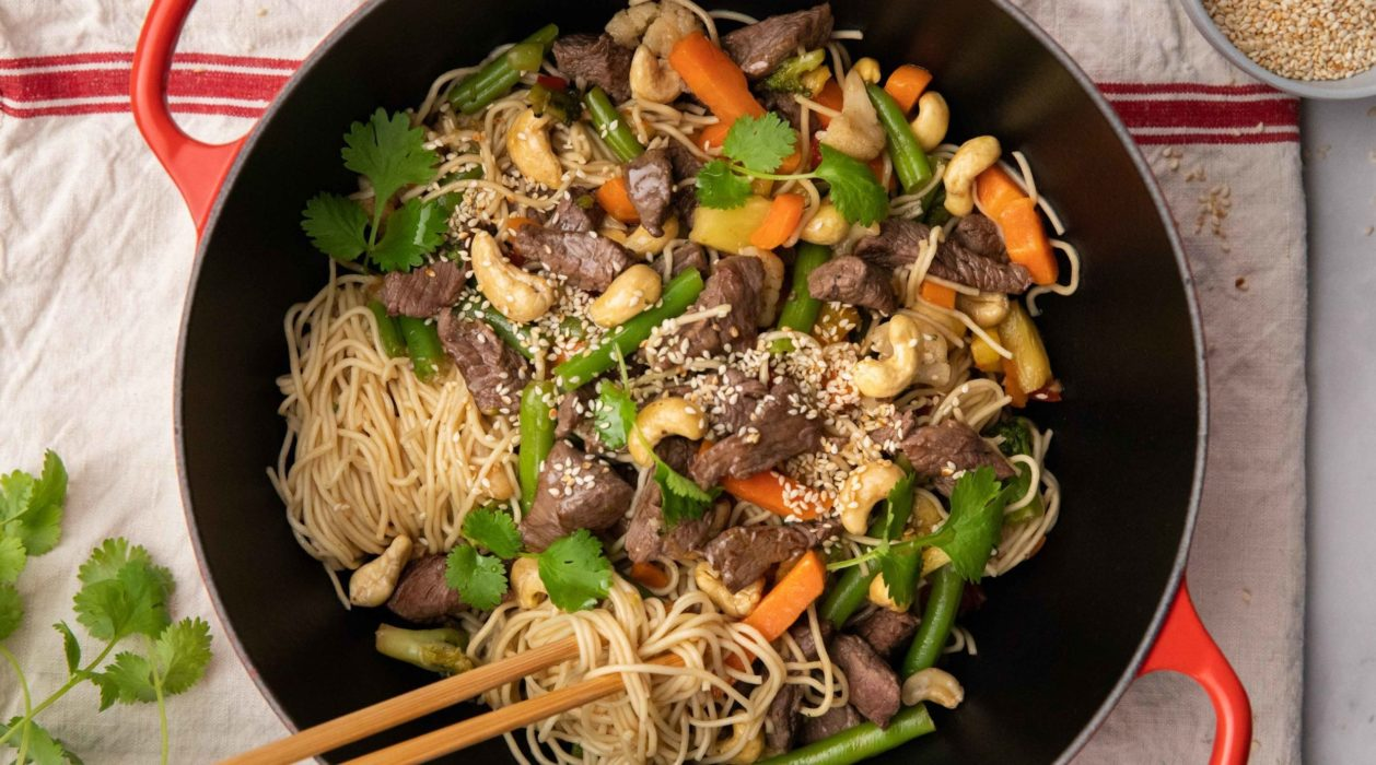 Stir Fry Beef With Egg Noodles And Cashews Fresh Recipes Nz